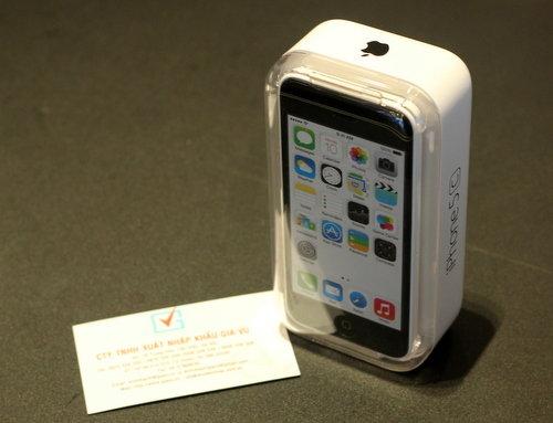 39;Mở hộp39; iPhone 5C vỏ nhựa đầu tiên về Việt Nam