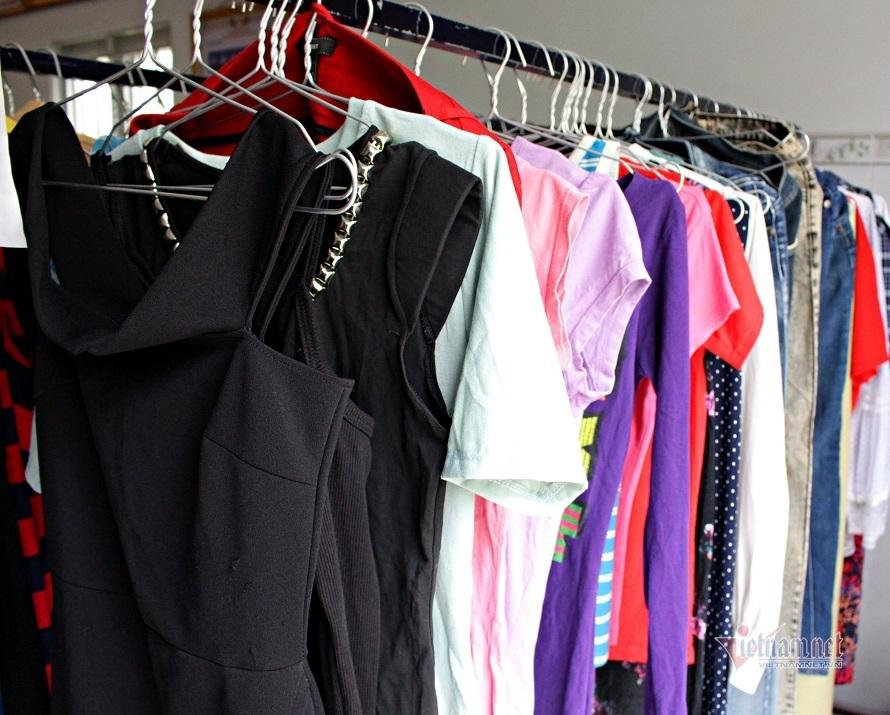 Bán quần áo giá rẻ