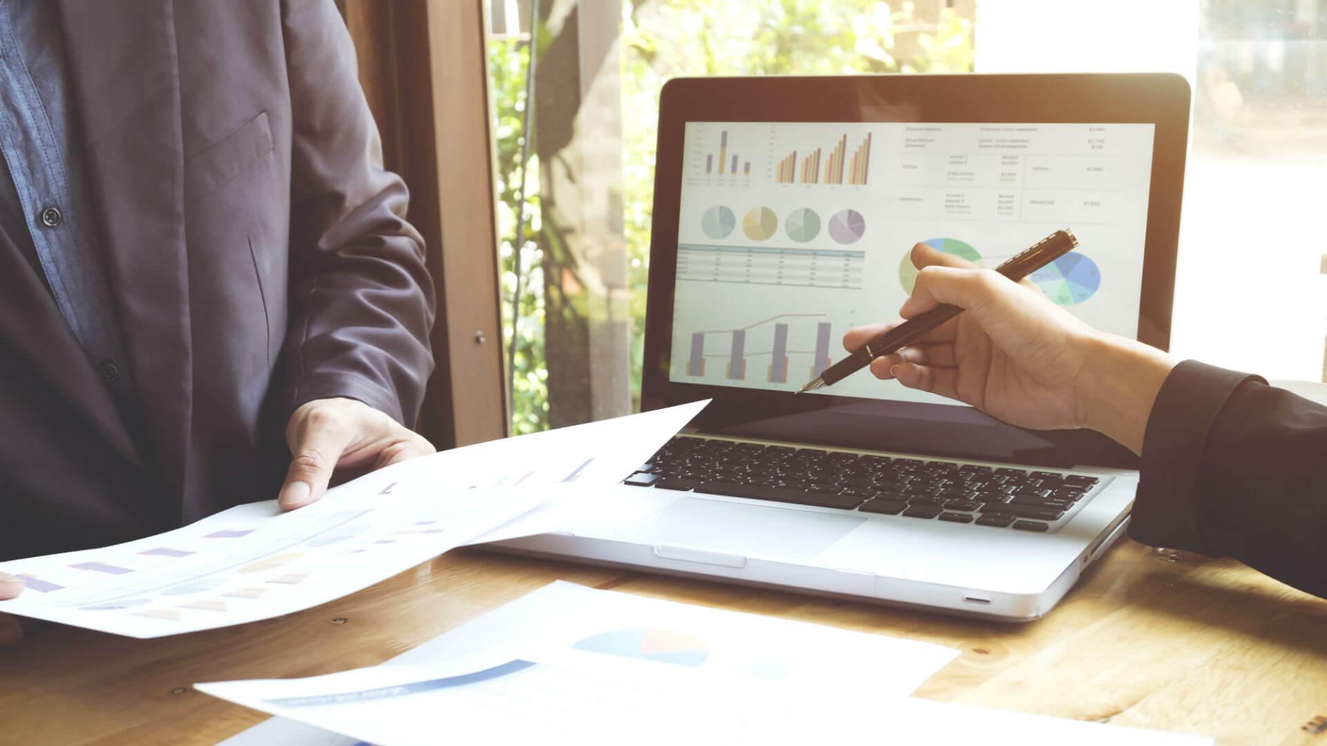 Duy trì mối quan hệ với khách hàng trong SEO