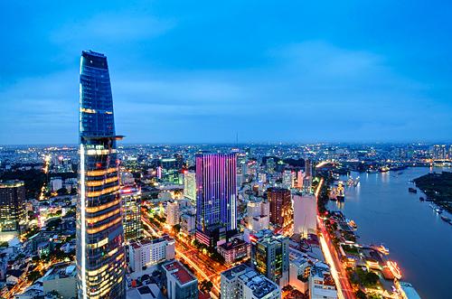 Sài Gòn lung linh lúc chạng vạng qua ảnh phơi sáng
