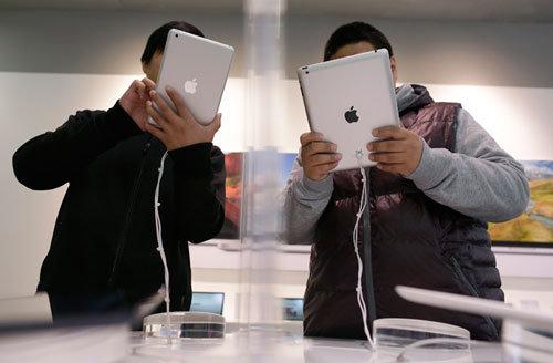 Thị trường tablet chậm vì thiếu iPad mới