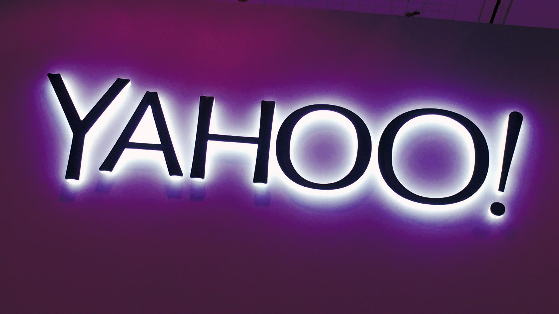 Yahoo thử nghiệm thanh tìm kiếm mới với logo bên phải